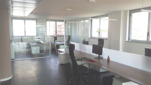 about_us-office-02_